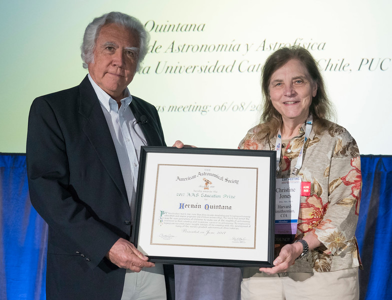 Education Prize: Hernán Quintana