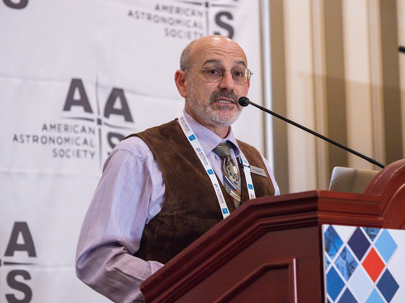 AAS Press Officer Rick Fienberg speaks - Press Conference: An Alphabet Soup of Science from SDSS (APOGEE/eBOSS/MaNGA)