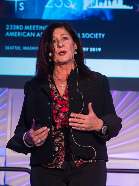 Elena Aprile speaks - Session 441: Berkeley Prize Lecture