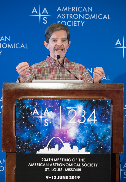 Kevin P. Reardon - Press Conference: More Sun and More Milky Way
