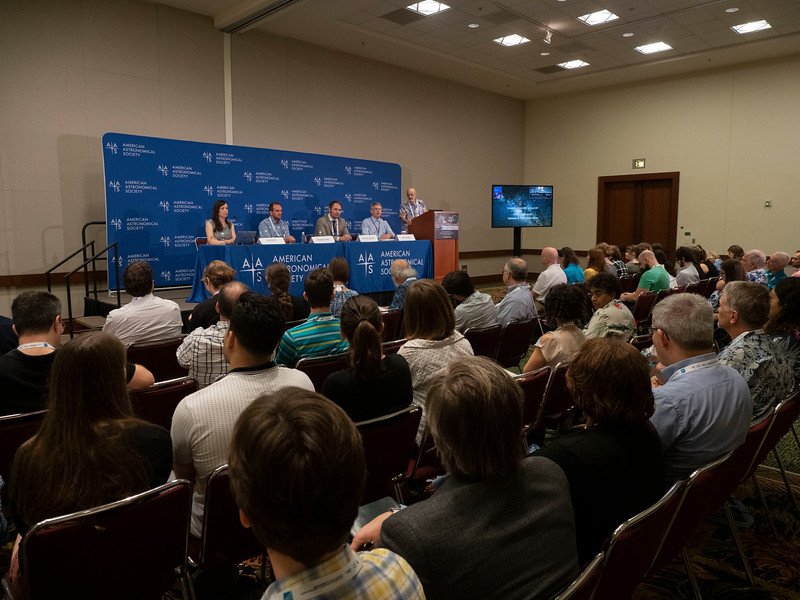 Speakers - Press Conference - Galaxies abd their Black Holes