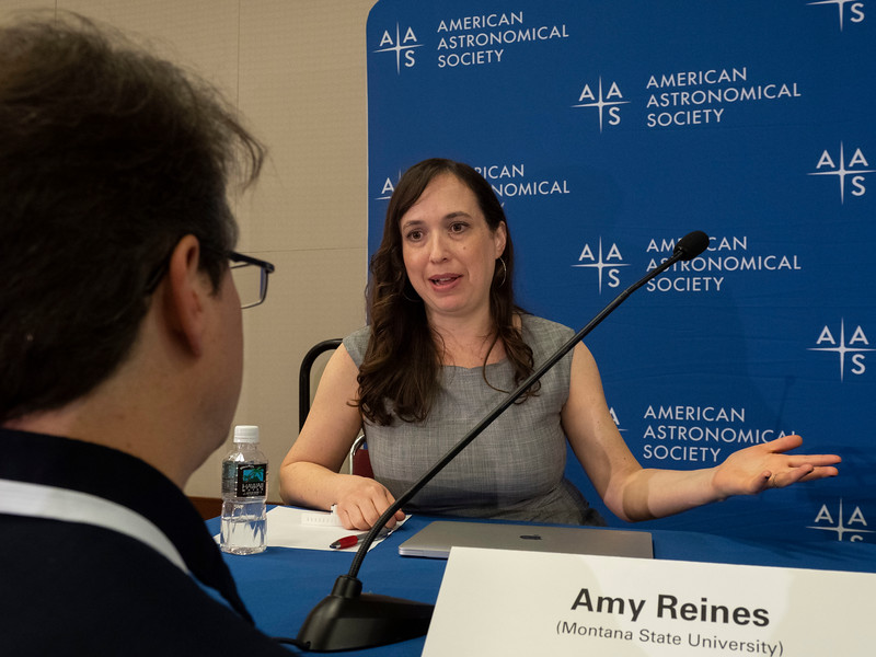 Amy Reines speaks - Press Conference - Galaxies and their Black Holes