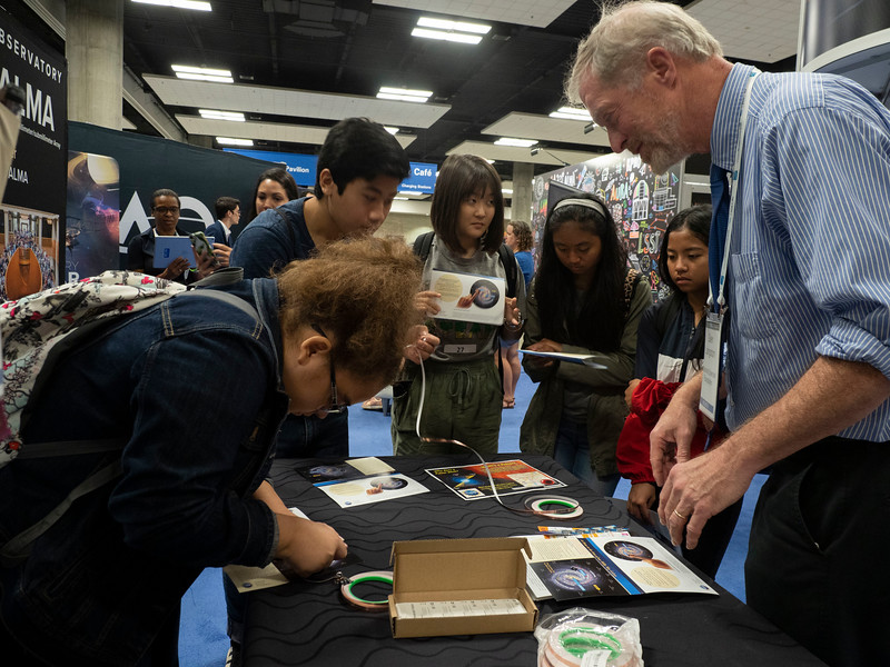Students learn about astronomy - Student EPO Event Activities