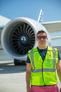 American Airlines Boeing 777-323ER N730AN 8-18-17 3