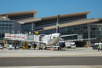 Volaris Airbus A319-132 XA-VOL 8-18-17