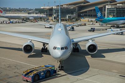 American Airlines Boeing 777-223(ER) N753AN 8-18-17