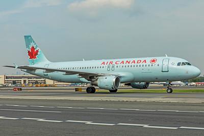 Air Canada Airbus A320-211 C-FFWI 8-17-18