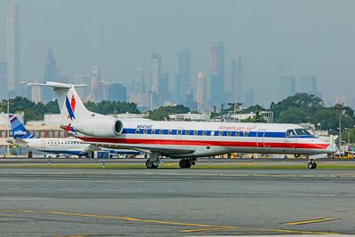Envoy Air Embraer ERJ-140L N843AE 8-17-18