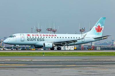 Sky Regional Airlines Embraer ERJ-170-200SU C-FFYG 8-17-18