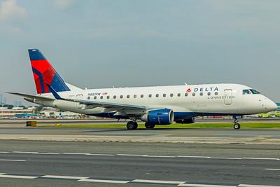 Republic Airlines Embraer ERJ-170-100LR N882RW 8-17-18