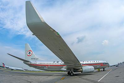 American Airlines Boeing 737-823 N905NN 8-17-18 7