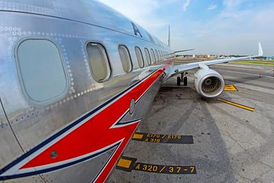 American Airlines Boeing 737-823 N905NN 8-17-18 3