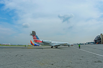 Envoy Air Embraer ERJ-140L N856AE 8-17-18 3