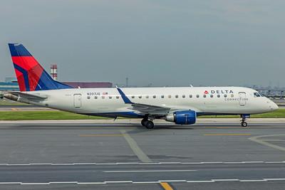 Republic Airways Embraer ERJ-170-200LR N207JQ 8-17-18