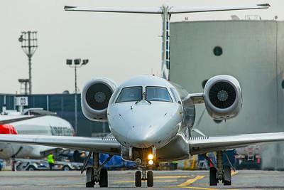 Envoy Air Embraer ERJ-140L N856AE 8-17-18