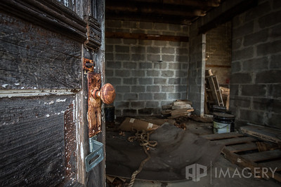 Abandoned - Ayer's Grocery