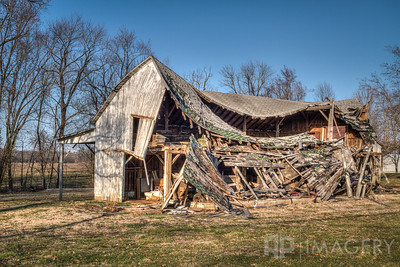 Abandoned - Barn