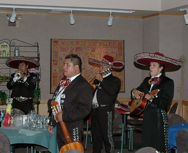 Campus Mexican dinner Mariachi band 05