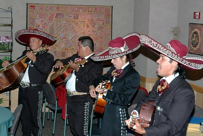 Campus Mexican dinner Mariachi band 06