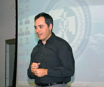 Classroom Pres  Angel Cabrera