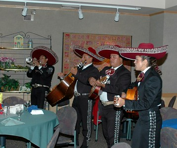 Campus Mexican dinner Mariachi band 11