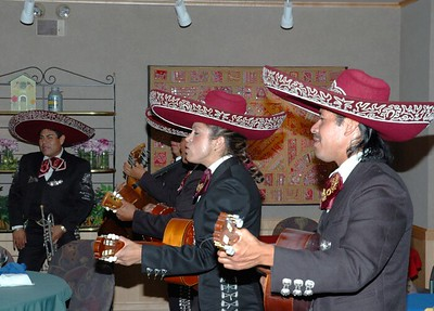 Campus Mexican dinner Mariachi band 09