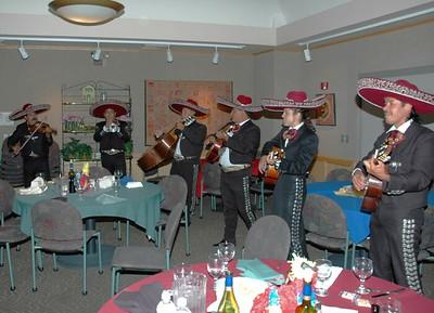 Campus Mexican dinner Mariachi band 03