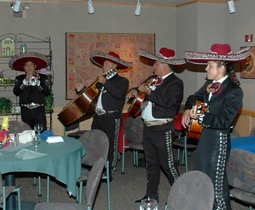 Campus Mexican dinner Mariachi band 10