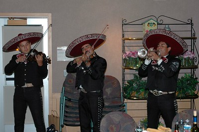 Campus Mexican dinner Mariachi band 08