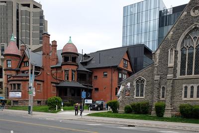 U Toronto Campus 18