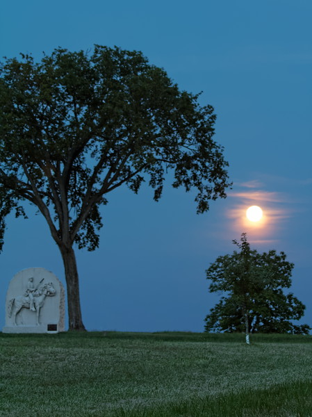 Moonrise over Battlefield