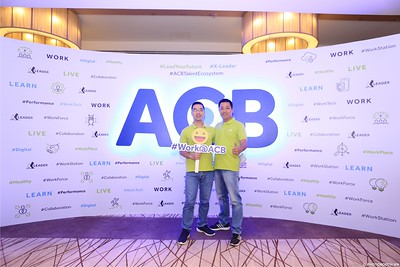ACB-Year-End-Party-2020-instant-print-photobooth-in-Nha-Trang-Chup-hinh-lay-lien-su-kien-Nha-Trang-WefieBox-Photobooth-Vietnam-_60
