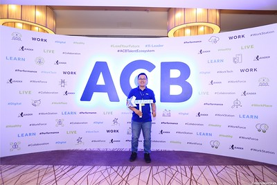 ACB-Year-End-Party-2020-instant-print-photobooth-in-Nha-Trang-Chup-hinh-lay-lien-su-kien-Nha-Trang-WefieBox-Photobooth-Vietnam-_64