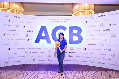 ACB-Year-End-Party-2020-instant-print-photobooth-in-Nha-Trang-Chup-hinh-lay-lien-su-kien-Nha-Trang-WefieBox-Photobooth-Vietnam-_65