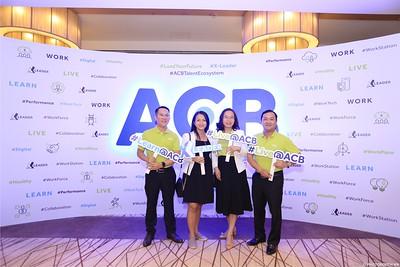 ACB-Year-End-Party-2020-instant-print-photobooth-in-Nha-Trang-Chup-hinh-lay-lien-su-kien-Nha-Trang-WefieBox-Photobooth-Vietnam-_85
