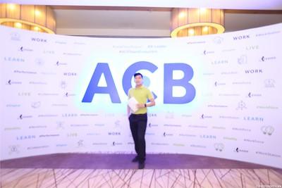 ACB-Year-End-Party-2020-instant-print-photobooth-in-Nha-Trang-Chup-hinh-lay-lien-su-kien-Nha-Trang-WefieBox-Photobooth-Vietnam-_6