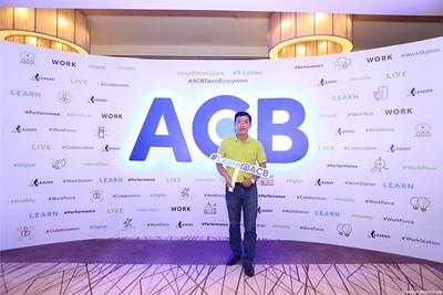 ACB-Year-End-Party-2020-instant-print-photobooth-in-Nha-Trang-Chup-hinh-lay-lien-su-kien-Nha-Trang-WefieBox-Photobooth-Vietnam-_75