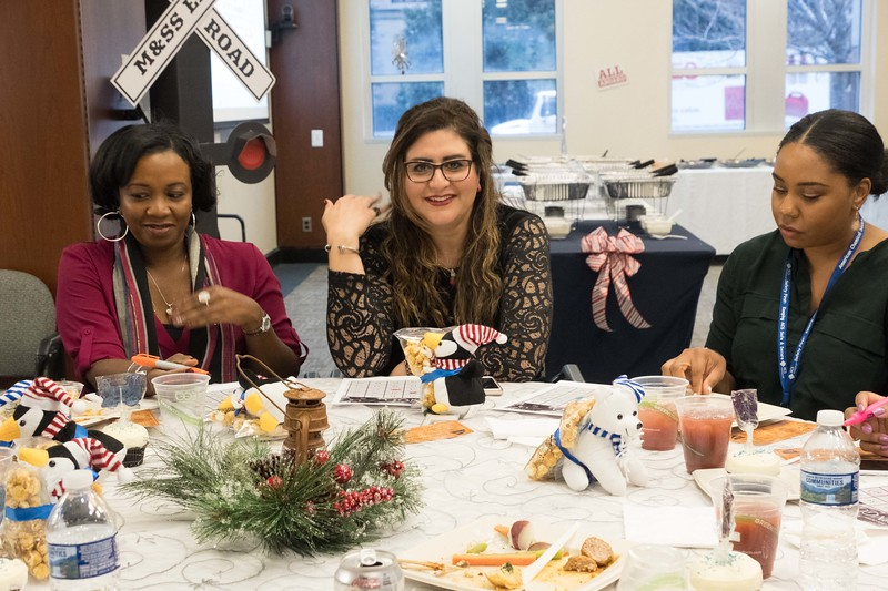 M&SS-holidayparty-6239