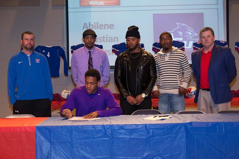 signing_23
