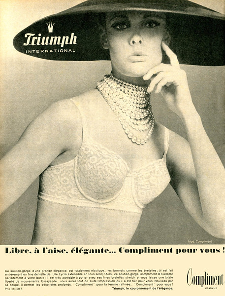 1965 TRIUMPH lingerie France (Paris Match)