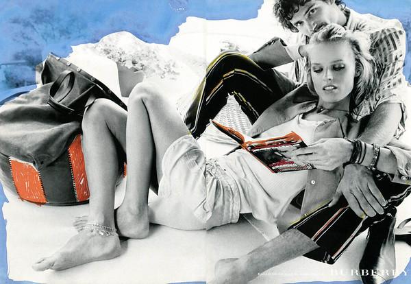 2003 BURBERRY clothing Spain (spread Telva) featuring Eva Herzigova