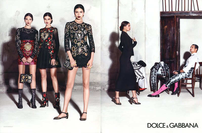 2015 DOLCE & GABBANA spring collection Spain: spread (Vogue)