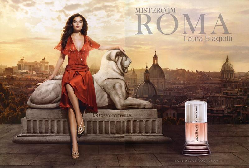 2010 LAURA BIAGIOTTI Misterio di Roma fragrance Italy spread
