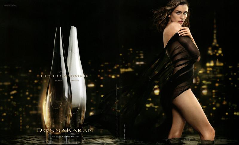 DONNA KARAN Liquid Cashmere (Black & White) 2015 US spread (format Harper's Bazaar 22,5 x 27,5 cm) 'Introducing the new fragrances'