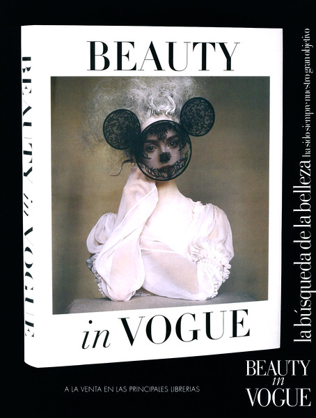 2007 BEAUTY IN VOGUE photo book Spain (Vogue) featuring Lisa Cant by Irving Penn