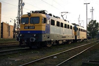 V43 2317 at Budapest Nyugati Depot on 29th September 2004