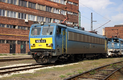 V63 152 at Budapest Ferencvaros Depot on 29th September 2004