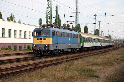 V43 1276 at Budapest Ferencvaros on 29th September 2004
