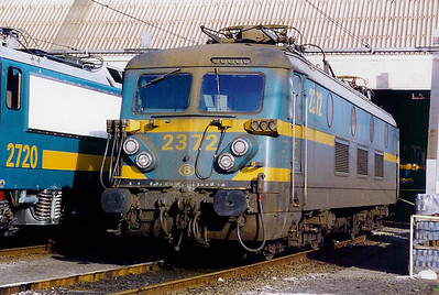 2372 at Oostende Depot on 20th June 1998