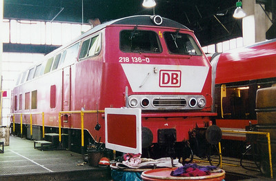 218 136 at Trier Depot on 24th November 2001